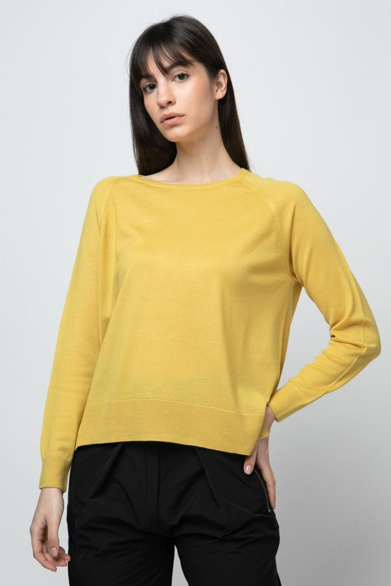 Wool sweater in mustard