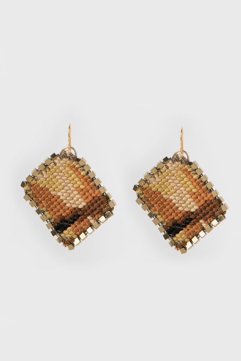 Embroidered earrings embellished with hematite stones