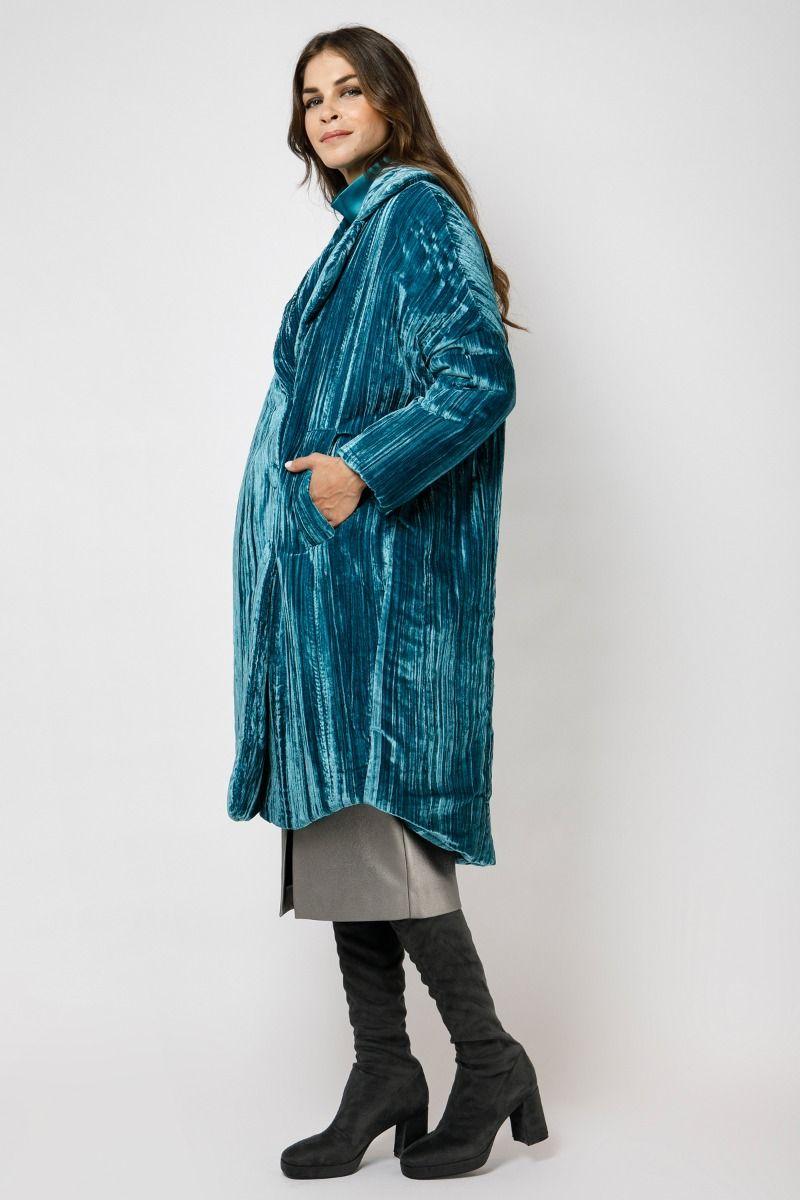 Βελούδινο πανωφόρι σε πετρόλ χρώμα