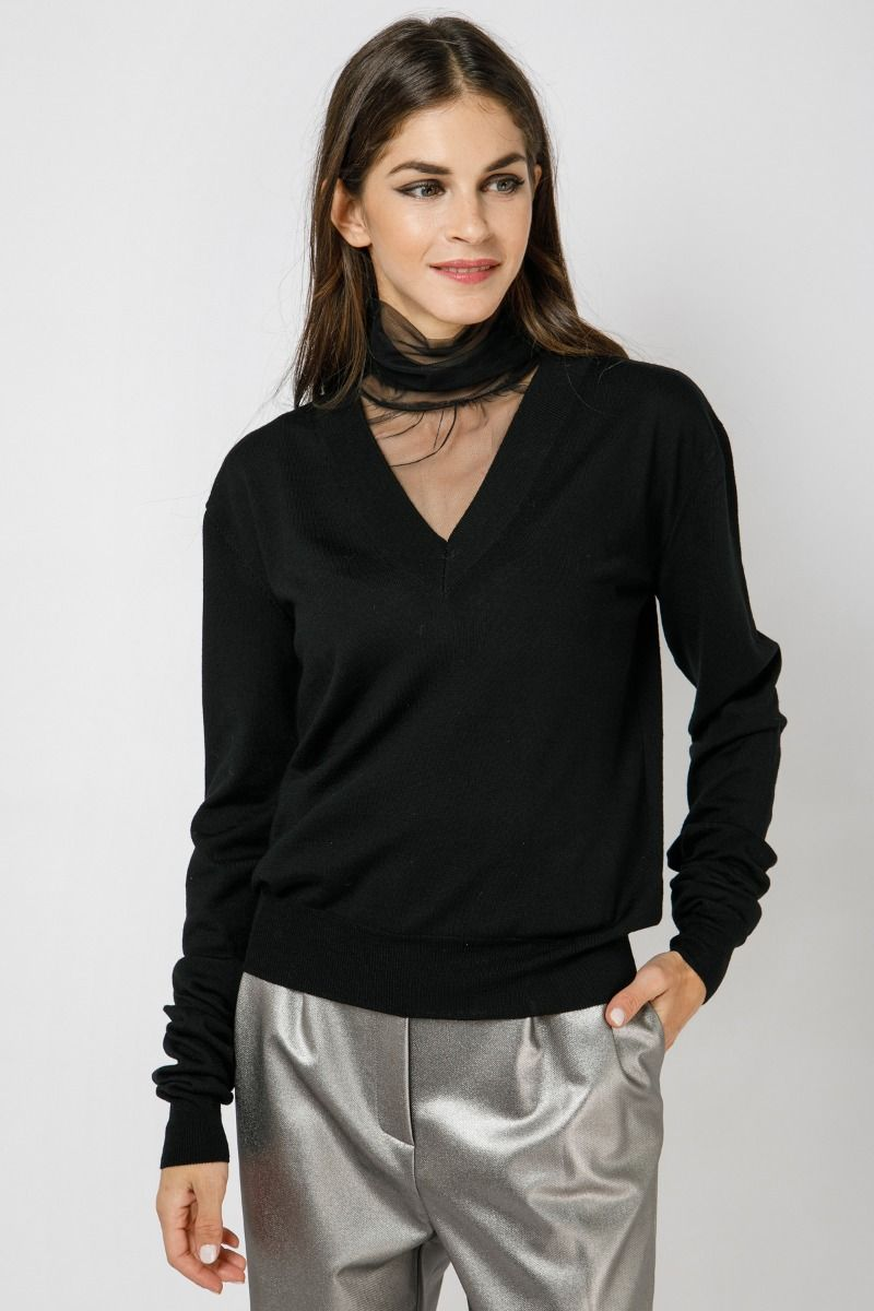 Black sweater with tulle details