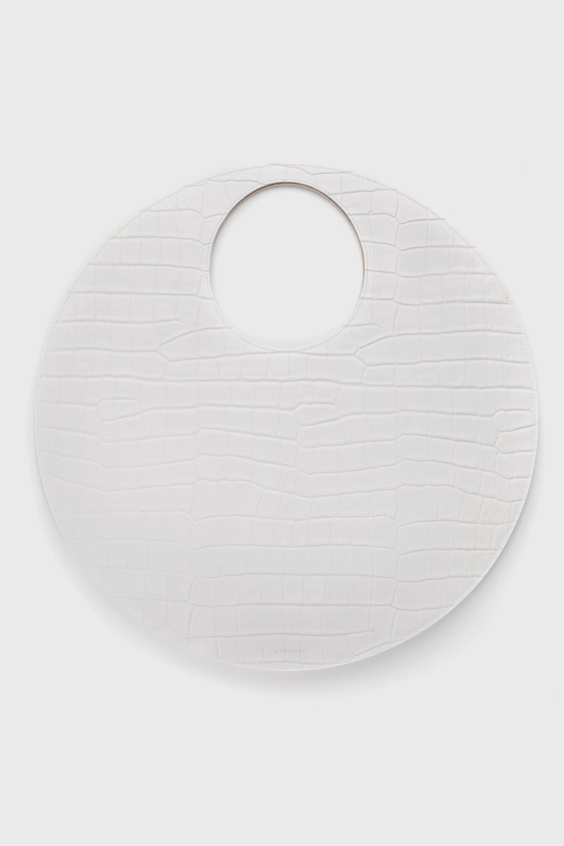 Round bag in ivory leather