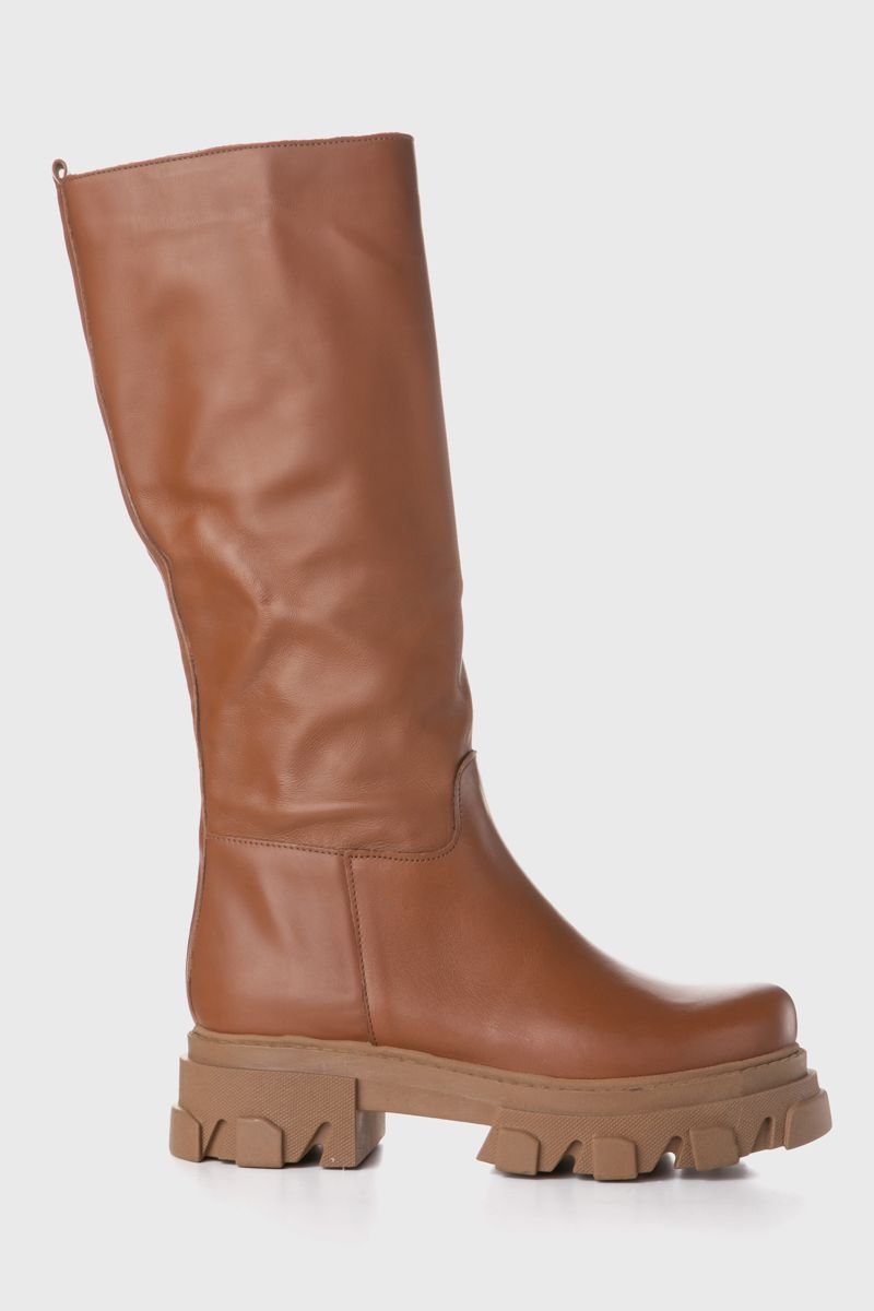 Boots with chunky sole