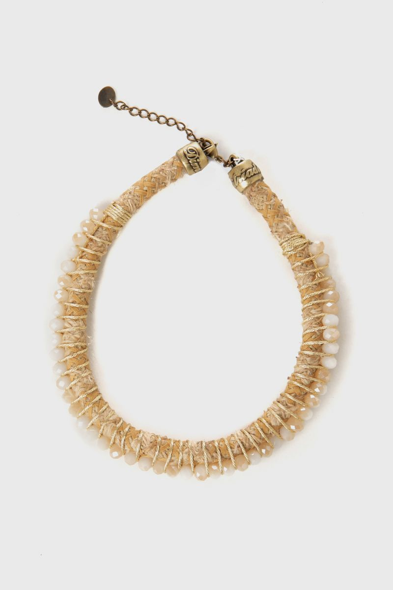 Short necklace with cord and beads