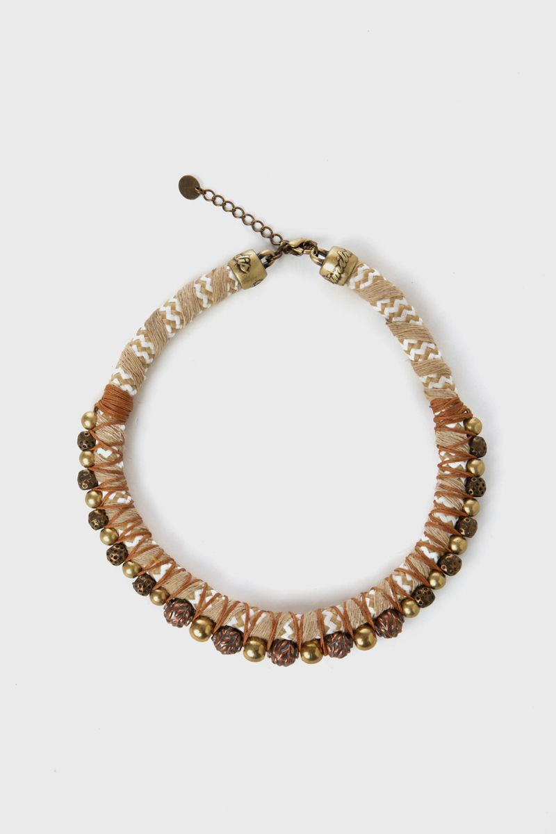 Short necklace with cord and metal beads