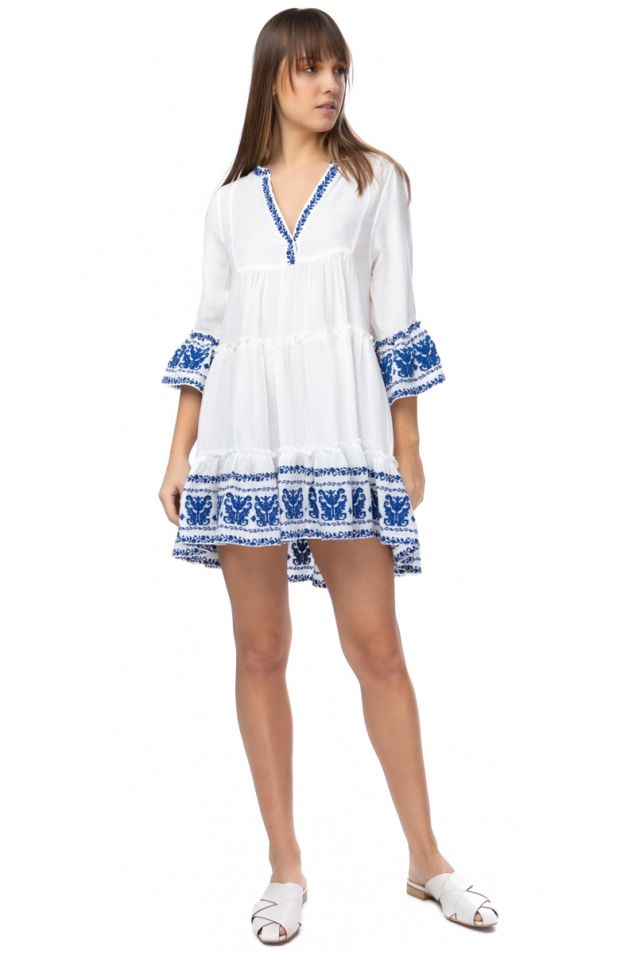 Φόρεμα με μπλε κεντήματα