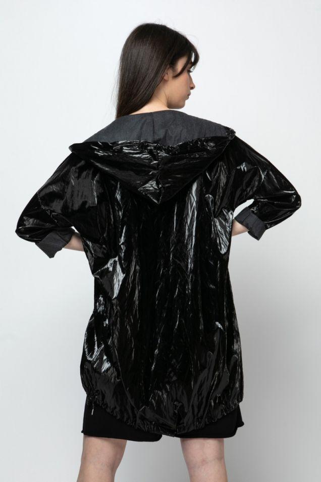 Hooded  light trench-coat