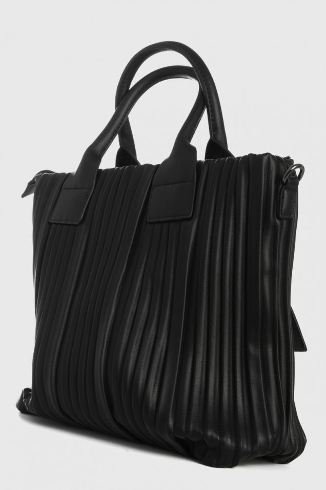 Black pleated tote bag