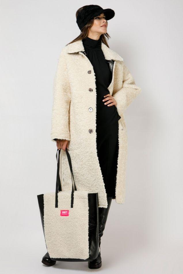 Shopping bag in black eco -sheepskin