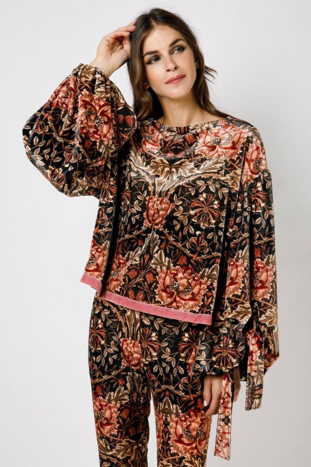 Floral -print velvet top