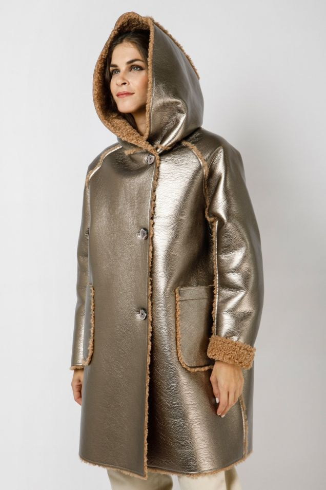 Parka in dove patent eco-sheepskin
