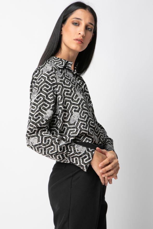 Printed black and white shirt