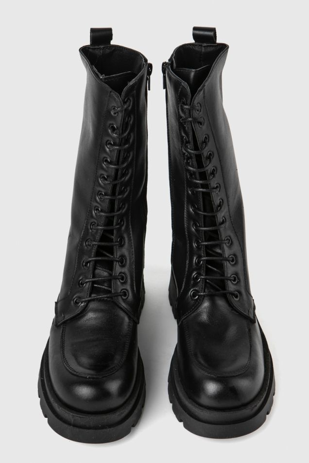 Leather lace -up boots