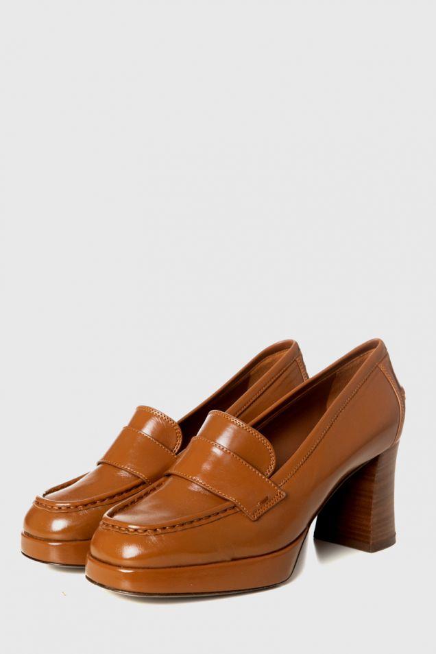High -heeled moccasins