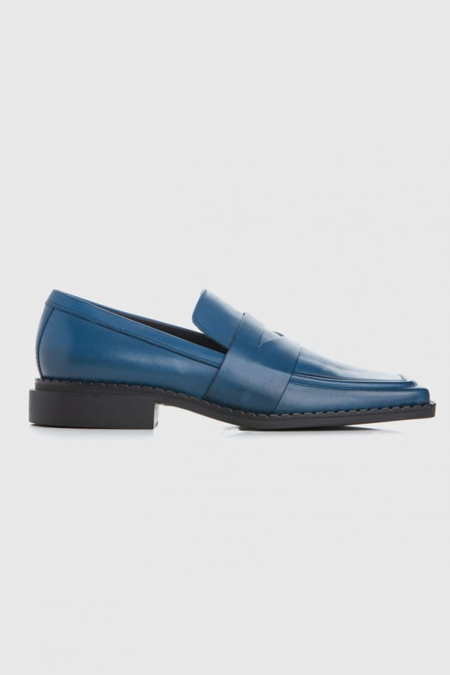 Quadro flat moccasins in blue-royal patent leather