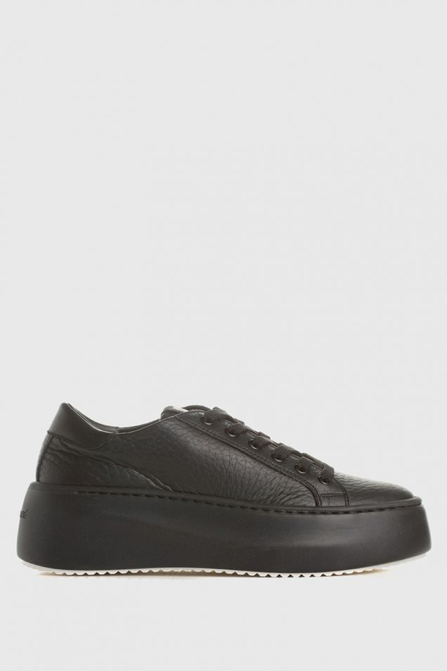 Low-top platform trainers in black leather