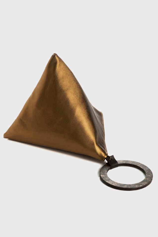 """""""Teabag"""" in bronze leather"""